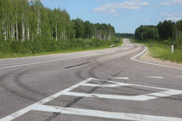 дорога, автотрасса, дорожная развязка, лес, региональная дорога, дорожная разметка(2020) Фото: пресс-служба правительства Вологодской области