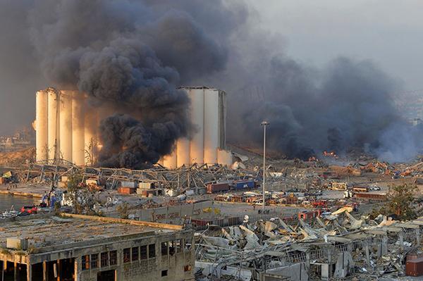 Последствие взрыва в Бейруте(2020)|Фото: Wael Hamzeh/Keystone