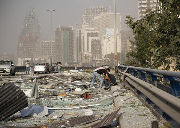 Последствие взрыва в Бейруте(2020)|Фото: Hassan Ammar/Keystone