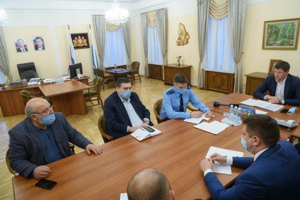 Сергей Бидонько на встрече с лидерами диаспор(2020)|Фото: ДИП Свердловской области
