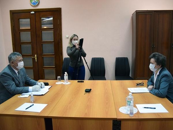 Олег Дейнека, Наталья Комарова, встреча(2020)|Фото: Администрация Мегиона