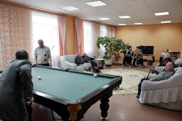 бильярд, пенсионеры, досуг, дом престарелых(2020)|Фото: пресс-служба Воронежской областной думы