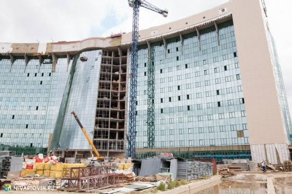 окружная больница, нижневартовск, долгострой(2020)|Фото: пресс-служба администрации Нижневартовска