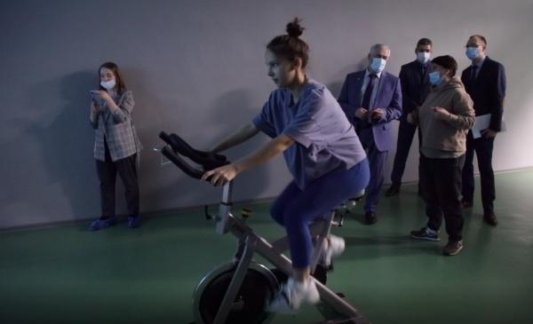 фитнесс, он-лайн, тренажер(2020)|Фото: пресс-служба УрГЭУ