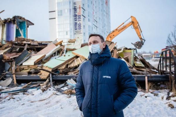 снос аварийного жилья, ветхий дом, аварийный дом(2020)|Фото: Администрация Сургутского района
