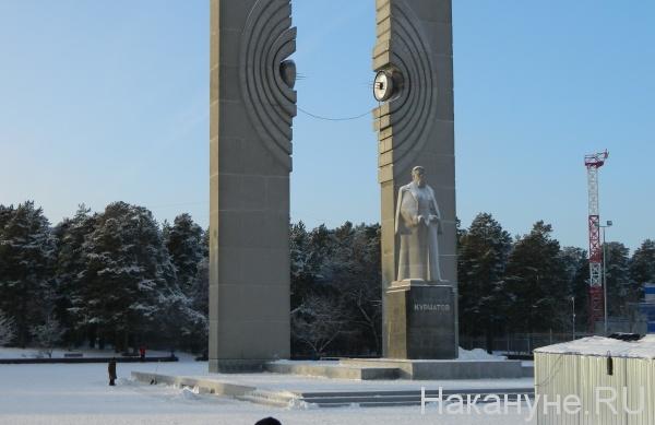 челябинский бор, памятник Курчатову(2020)|Фото: Накануне.RU