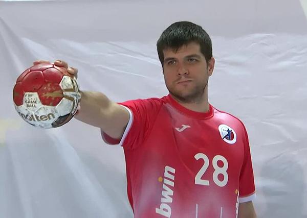 Гандболист сборной России в форме без символики страны(2021) Фото: Матч ТВ