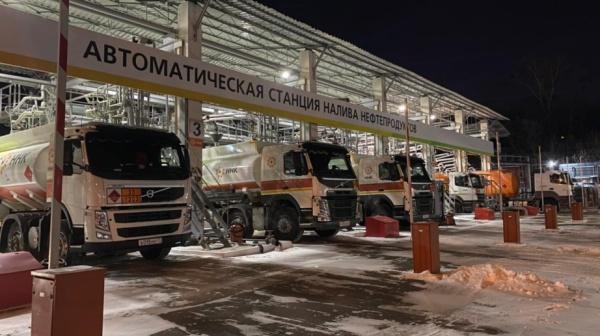 Хабаровский НПЗ, бензовоз(2021)|Фото: Пресс-служба губернатора и правительства Хабаровского края