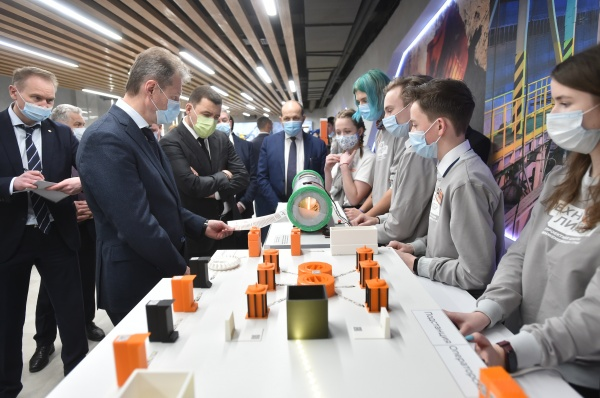 куйвашев, козицын, дворец технического творчества(2021)|Фото: пресс-служба УГМК