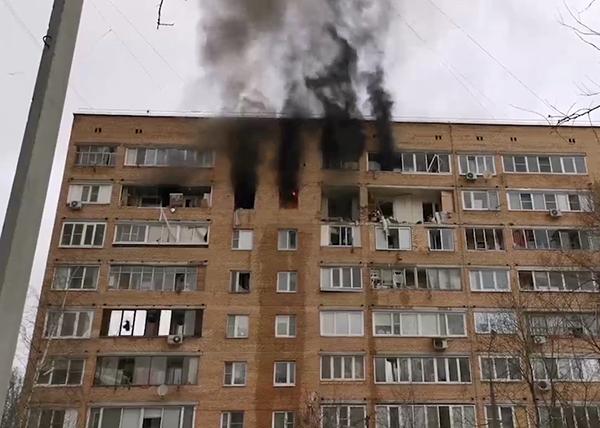 В Химках произошел взрыв в жилой девятиэтажке на улице Зеленой(2021) Фото: Telegram / Mash