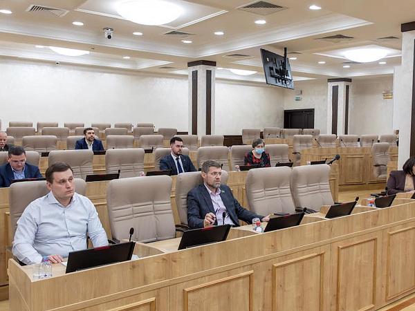 медицинская фракция в Екатеринбургской городской думе(2021)|Фото: facebook.com/aleksey.vikharev.ekb