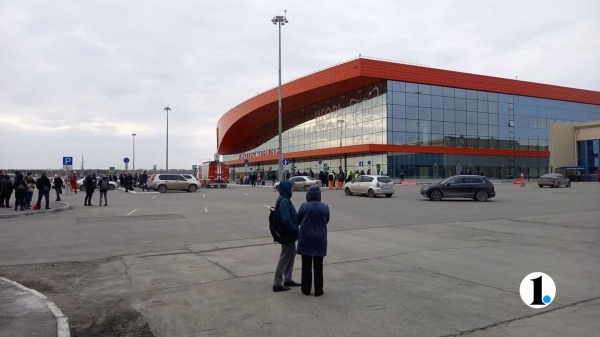 аэропорт, эвакуация, Челябинск(2021)|Фото: 1obl.ru