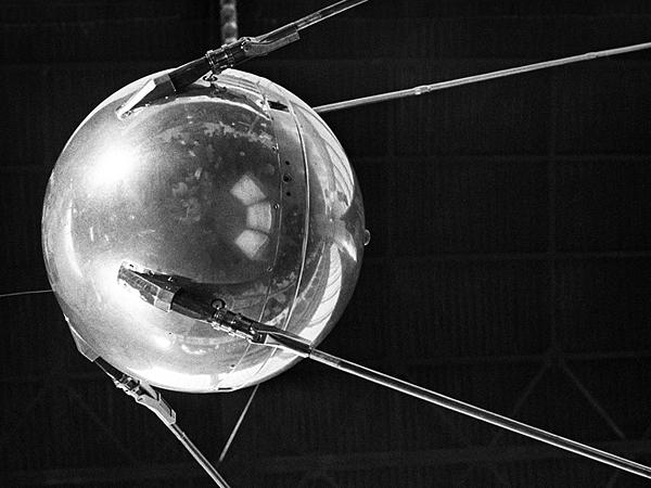 первый искусственный спутник Земли(2021)|Фото: Валентина Черединцева/ТАСС
