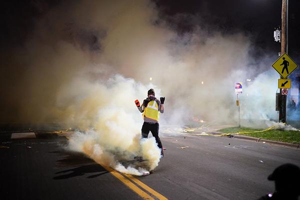 Протест в Миннесоте из-за убийства афроамериканца Данте Райта(2021) Фото: Jeff Wheeler, Star Tribune via AP