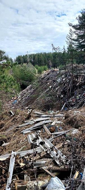 Свалка отходов в Новоасбесте(2021)|Фото: Владимир Инжеватов