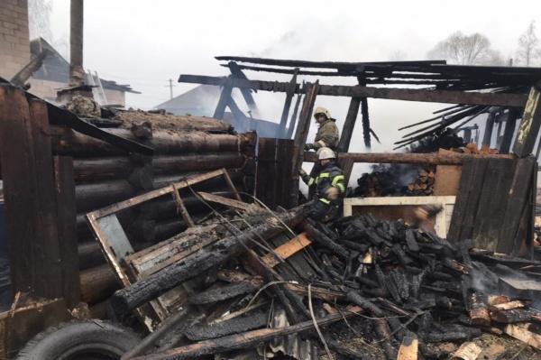 пожар, деревянный дом, Пушкина(2021)|Фото: 59.mchs.gov.ru