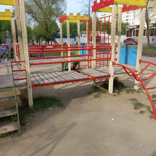 детская площадка в парке в Копейске(2021)|Фото: прокуратура Челябинской области