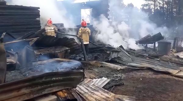 Малый Атлым, природный пожар, жилой дом(2021)|Фото: 86.mchs.gov.ru