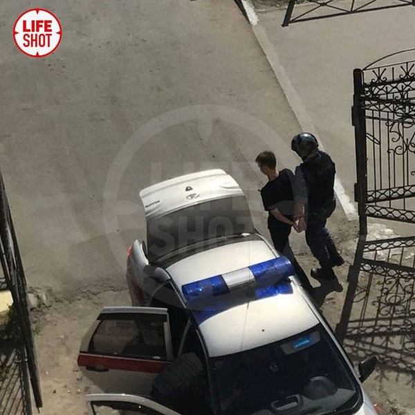 нападение на учительницу, лицей №1 Березники, задержание(2021) Фото: t.me/Lshot
