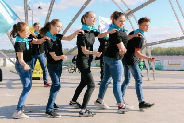 акция дарим лето, детский отдых, нижневартовск(2021) Фото: пресс-служба администрации Нижневартовска