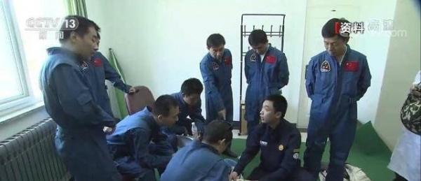 Китайские лётчик-космонавты готовятся к отправке на орбитальную станцию(2021)|Фото: baijiahao.baidu.com