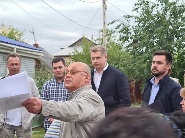 Встреча депутатов КПРФ с жителями частного сектора на Уктусе(2021)|Фото: пресс-служба свердловского отделения КПРФ