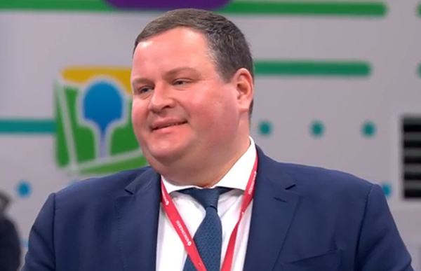 Антон Котяков на ПМЭФ 2021(2021) Фото: forumspb.com