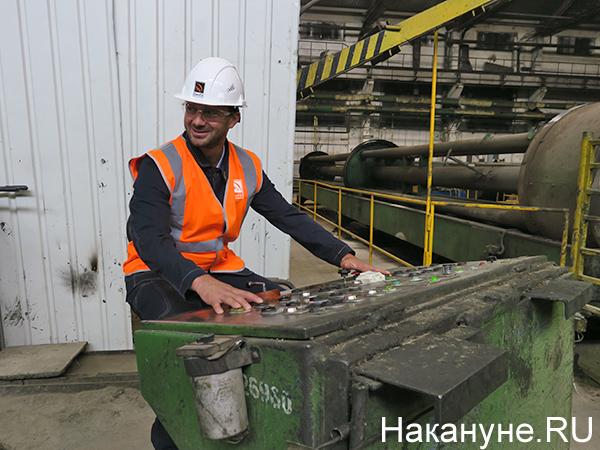 Дмитрий Сычев на Синарском трубном заводе(2021)|Фото: Накануне.RU