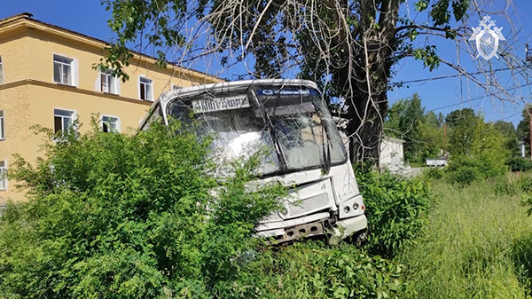 Автобус ПАЗ, врезавшийся в остановку в закрытом городе Лесной Свердловской области(2021)|Фото: Следственный комитет РФ