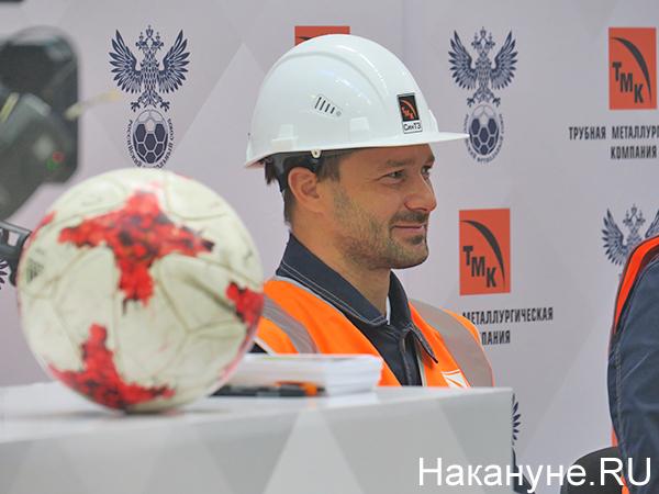 Дмитрий Сычев на встрече с работниками Синарского трубного завода(2021)|Фото: Накануне.RU