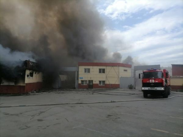 горит склад в Челябинске(2021)|Фото: ГУ МЧС по Челябинской области