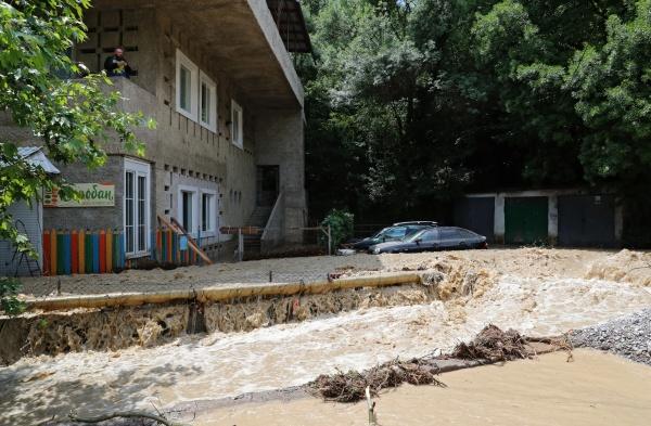 Сергей Аксенов, паводок, Ялта, потоп, затопление Ялты(2021)|Фото: vk.com/aksenovrk
