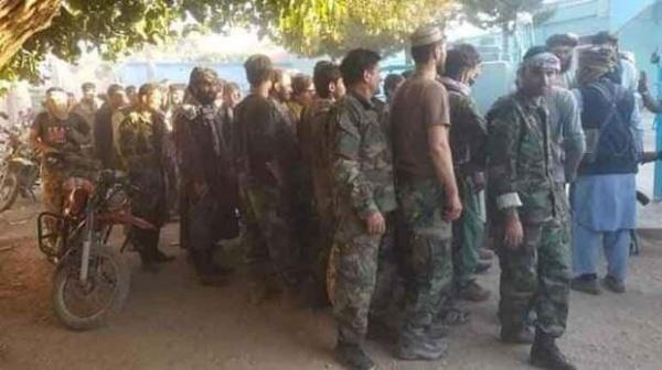 Подразделение правительственной армии сдаётся талибам(2021)|Фото: zhasalash.kz