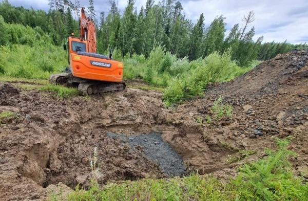 экология, разлив нефти, нефтепровод, экскаватор(2021)|Фото: Пресс-служба АО «Транснефть – Сибирь»