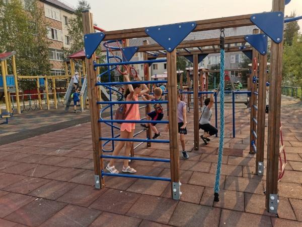 двор, благоустройство, дети(2021)|Фото: пресс-служба администрации Сургутского района