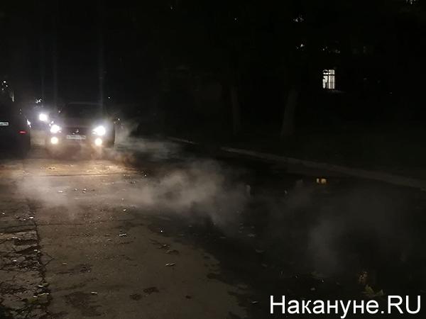 прорыв трубы на Баумана, 1 Екатеринбург(2021)|Фото: Накануне.RU