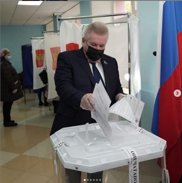 Борис Хохряков, голосование(2021)|Фото: instagram.com/khohrykov_bs/