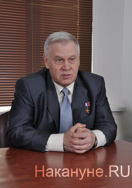Владимир Шарпатов герой России пилот Фото: Накануне.Ru
