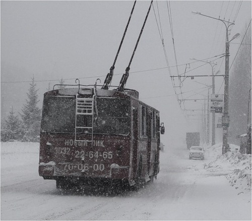 троллейбус зима|Фото:ariom.ru
