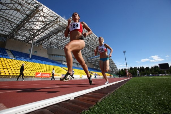 "легкая атлетика спорт бег унивесиада|Фото:  АУ ""ЮграМегаСпорт"""