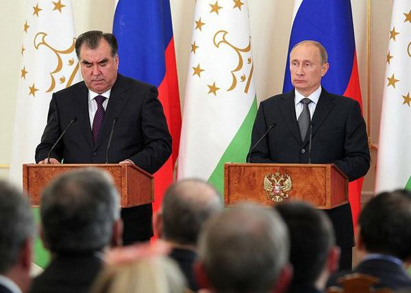 Владимир Путин, Эмомали Рахмон Фото: kremlin.ru