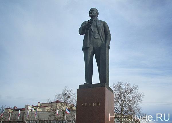 Крым Симферополь памятник Ленину|Фото: Накануне.RU