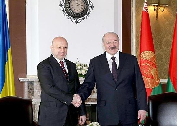 Лукашенко, Турчинов Фото: ipress.ua