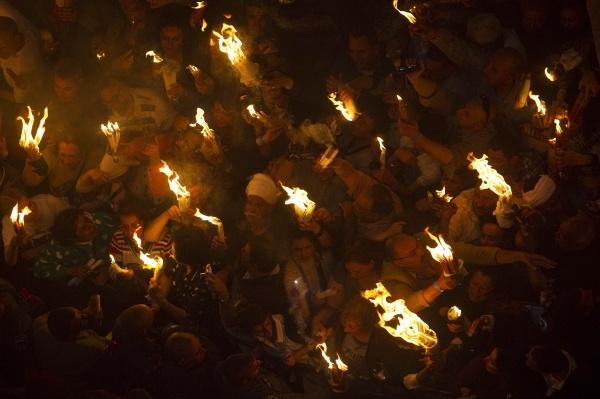 благодатный огонь, схождение, иерусалим, кувуклия, храм гроба господня, пасха|Фото:rg.ru