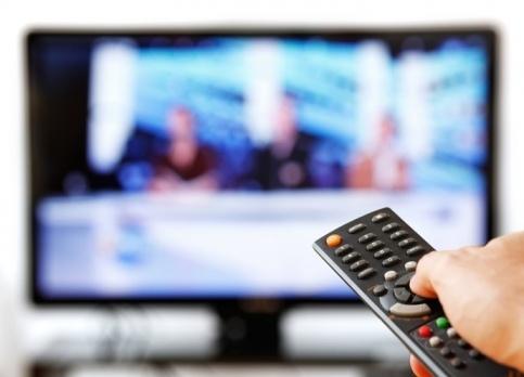 телевизор, пульт, телевидение|Фото: