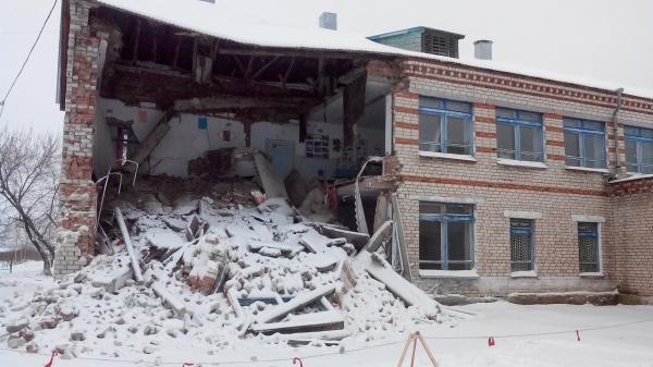 школа, рухнуло, здание|Фото:vishime.org
