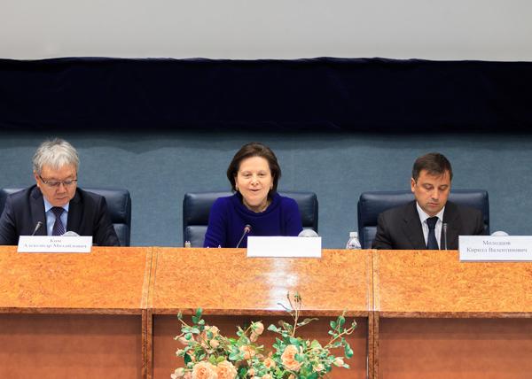 Правительственное совещание о новом нефтяном налоге |Фото: пресс-служба губернатора ХМАО