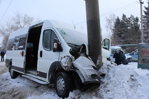 автобус столб|Фото:гибдд челябинска