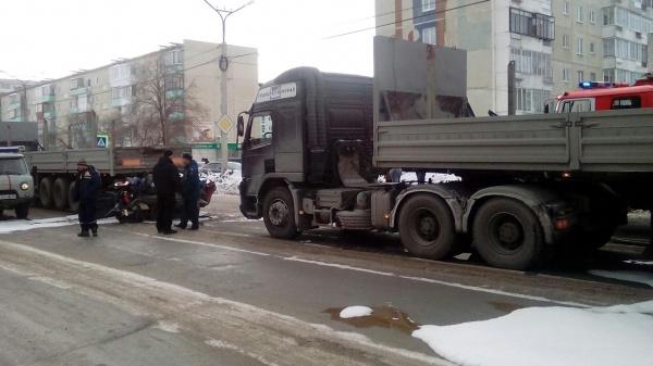 авария, тягач, ДТП Фото: УГИБДД ГУ МВД России по Свердловской области