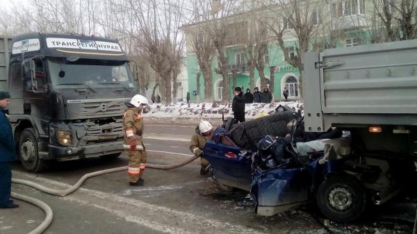 авария, тягач, ДТП|Фото: УГИБДД ГУ МВД России по Свердловской области